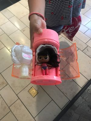 Trading or selling LOL doll for Sale in Miami, FL