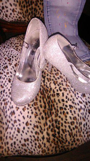 Delicacy women's heels for Sale in Baldwin Park, CA