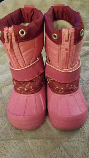 Koala kids snow boots for toddler girl size 6 for Sale in North Las Vegas, NV