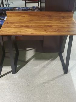 Computer DESK / TABLE for Sale in Yonkers,  NY