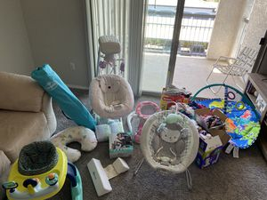 Baby girl bundle for Sale in North Las Vegas, NV