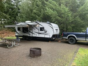 2018 Genesis Supreme 25fb toy hauler for Sale in Hillsboro, OR