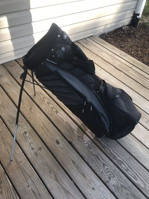 Golf bag with stand and strap for Sale in Alexandria, VA