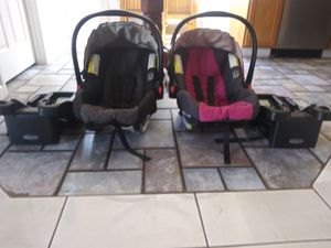 Graco infant car seats and bases for Sale in Meraux, LA