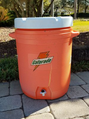"Water Cooler ""10 Gallons"" Made By Rubbermaid for Sale in Orlando, FL"