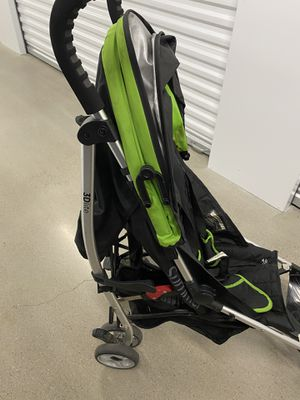 Kids stroller and toys for Sale in Dallas, TX
