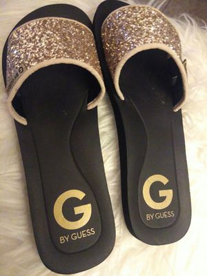 NEW GUESS SLIDES Sz 8 ( NO BOX for Sale in Riverside, CA