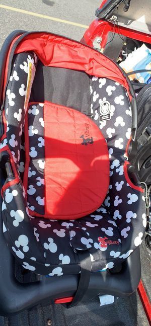 Mickey car seat for Sale in Mount Vernon, WA