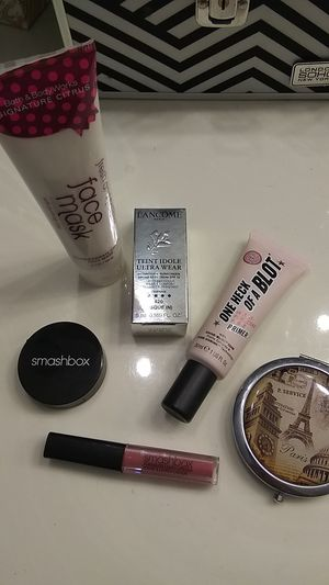 Beauty Set, New, New New! for Sale in Riverside, CA