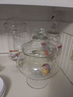 3 glass storage containers with lids for Sale in Lakewood, OH