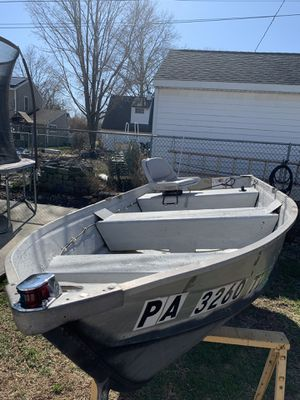12ft Aluminum boat for Sale in Levittown, PA