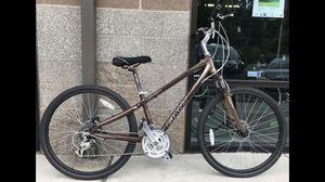 "15"" Giant Cypress LX hybrid comfort hybrid bike, XS frame for Sale in Lynnwood, WA"