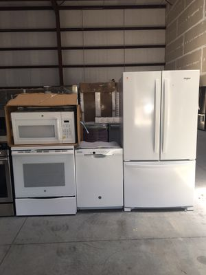 4-piece white kitchen appliance set for Sale in Tampa, FL
