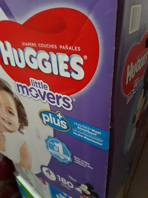 HUGGIES LITTLE MOVERS SIZE 4 $40 PRECIO FIRME for Sale in Santa Ana, CA