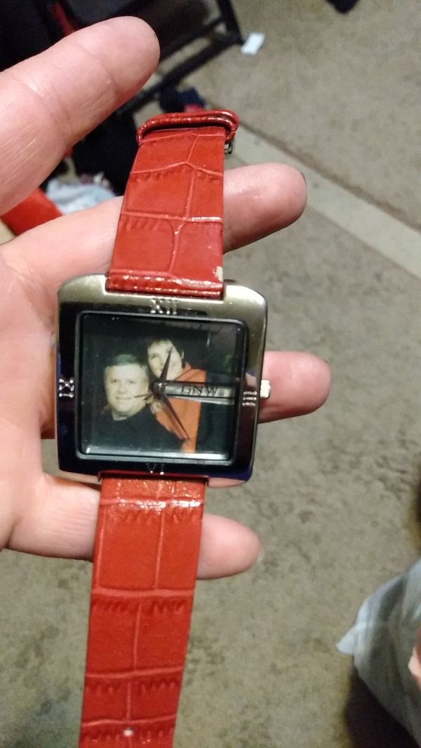 Lady's picture watch