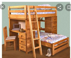 Twin 100% wood 4pc bedroom set for Sale in West Palm Beach, FL