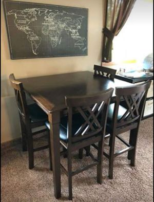 Kitchen table with four chairs for Sale in Oregon City, OR