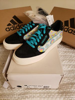 Adidas size 7.5 women for Sale in Los Angeles, CA