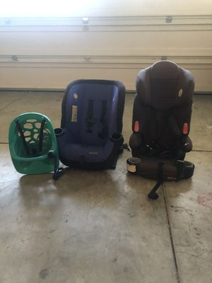 Kids bike seat and 2 car seats for Sale in Simi Valley, CA