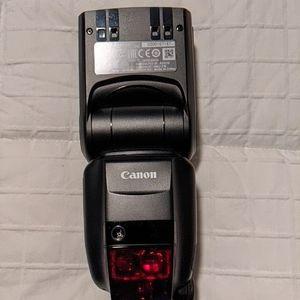 Canon Speedlite 600EX II-RT for Sale in Orlando, FL