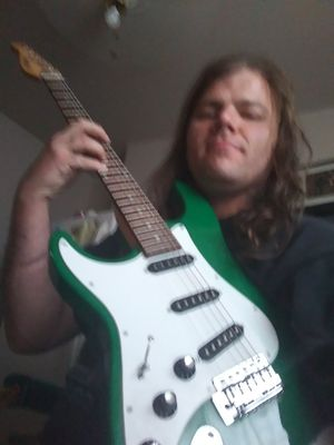 Electric guitar for Sale in Kennewick, WA