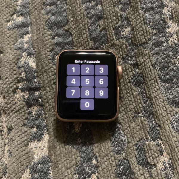 Apple Watch rose gold series 3