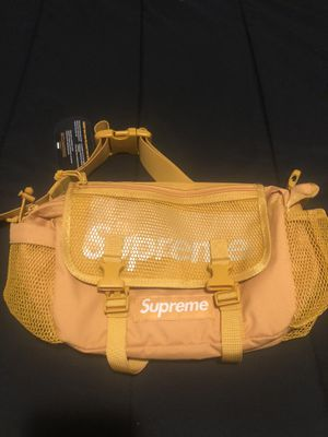 Supreme SS20 Gold Waist Bag for Sale in Kissimmee, FL
