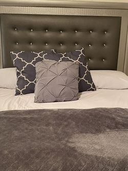 Bed Set Mattress Included for Sale in Fresno,  CA