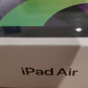 BRAND NEW SEALED 2020 IPAD AIR $500 FIRM for Sale in Houston, TX