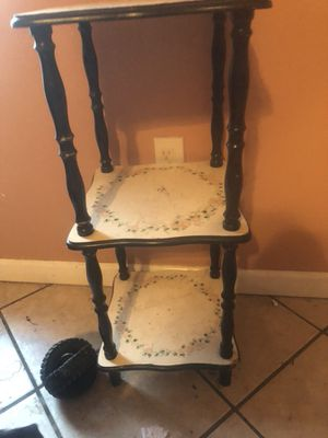 3 tier small table for Sale in Charlestown, IN