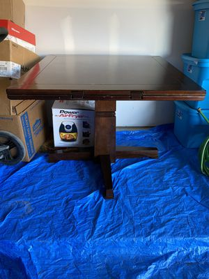 Breakfast nook/Dining table set for Sale in San Marcos, TX