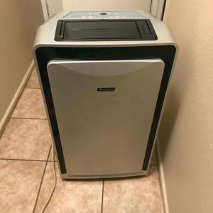 Everstart portable A/C- Dehumidifier for Sale in San Antonio, TX