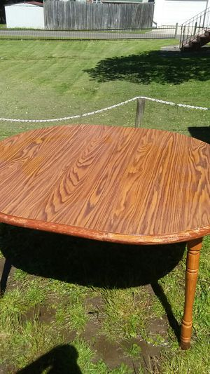 Kitchen table for Sale in Nanticoke, PA