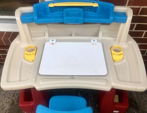 Step2 Deluxe Art Master Desk Kids Art Table with Storage and Desk Chair for Sale in Virginia Beach, VA