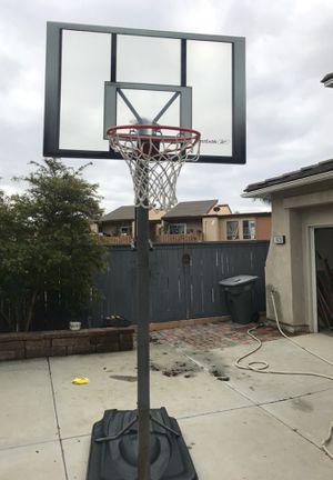 Basketball Hoop (adjustable) for Sale in Escondido, CA