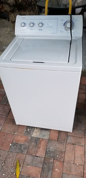 Lavadora whirlpool for Sale in Miami Springs, FL