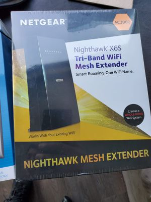 SEALED Netgear CA3000 Tri-Band WiFi Mesh Extender EX8000 for Sale in Chicago, IL