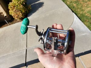 Vintage Penn 65 Fishing Reel Used for Sale in Alta Loma, CA