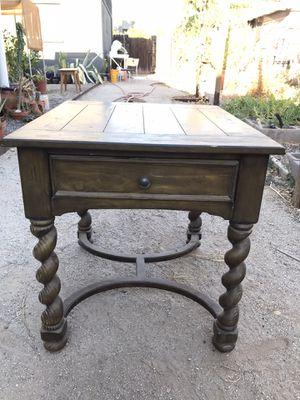 Side table w/carved single twist legs for Sale in Phoenix, AZ