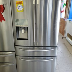 Today $1100 Located At 55 North Main St Norwich CT for Sale in Waterford, CT
