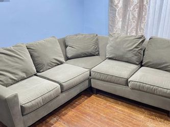 Couch Grey for Sale in Philadelphia,  PA