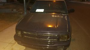 1995 Chevy blazer 4.3 for Sale in Las Vegas, NV