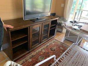 Tv stand, bamboo coffee table & chest of drawers for Sale in Boca Raton, FL