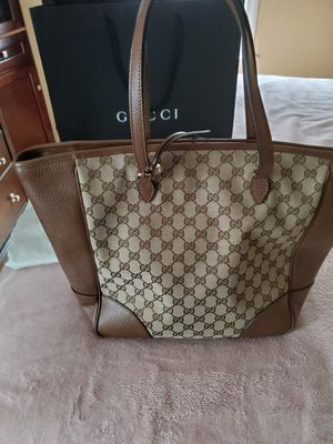 Gucci Bree Large Tote for Sale in Chicago, IL