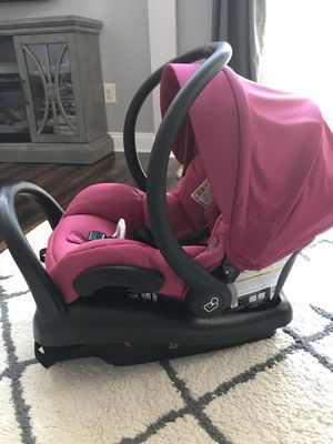 Maxi-Cosi infant car seat-used 5 times. for Sale in Sharpsburg, MD