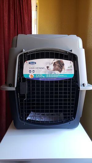 "Petmate Ultra Vari Dog Kennel 32"" New. Retail $120 for Sale in Phoenix, AZ"