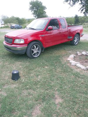 2001 F150 XLT Dual Exhaust 22in Rims for Sale in Webberville, TX