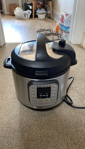 Instant Pot Crock pot for Sale in New York, NY