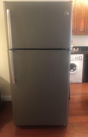 Brand New GE Top Freezer Refrigerator for Sale in Arlington, VA