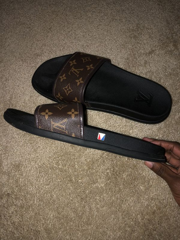 fb50a2d70de1 louis vuitton slide flip flop sandals for Sale in Virginia Beach